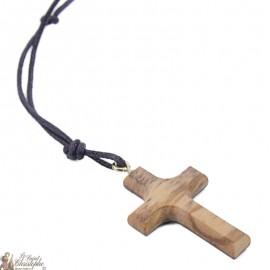 Collier avec Croix en bois d'olivier